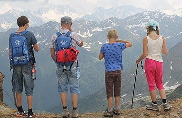 Useful tips for family trips with kids